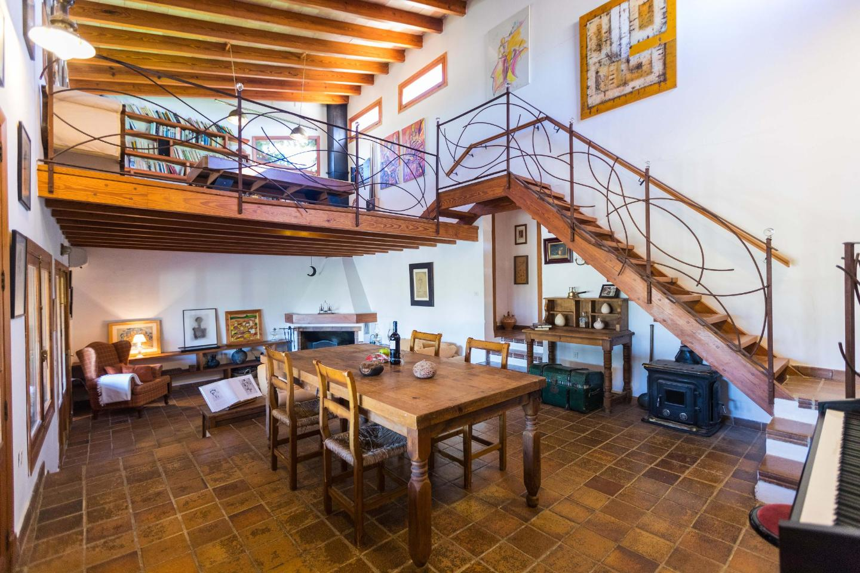Finca Adele In Inca Mallorca Centre For 8 Persons To Rent